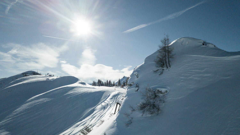 Wunderbarer Sonnentag im Skigebiet Dorfgastein mit Blick auf das Fulseck