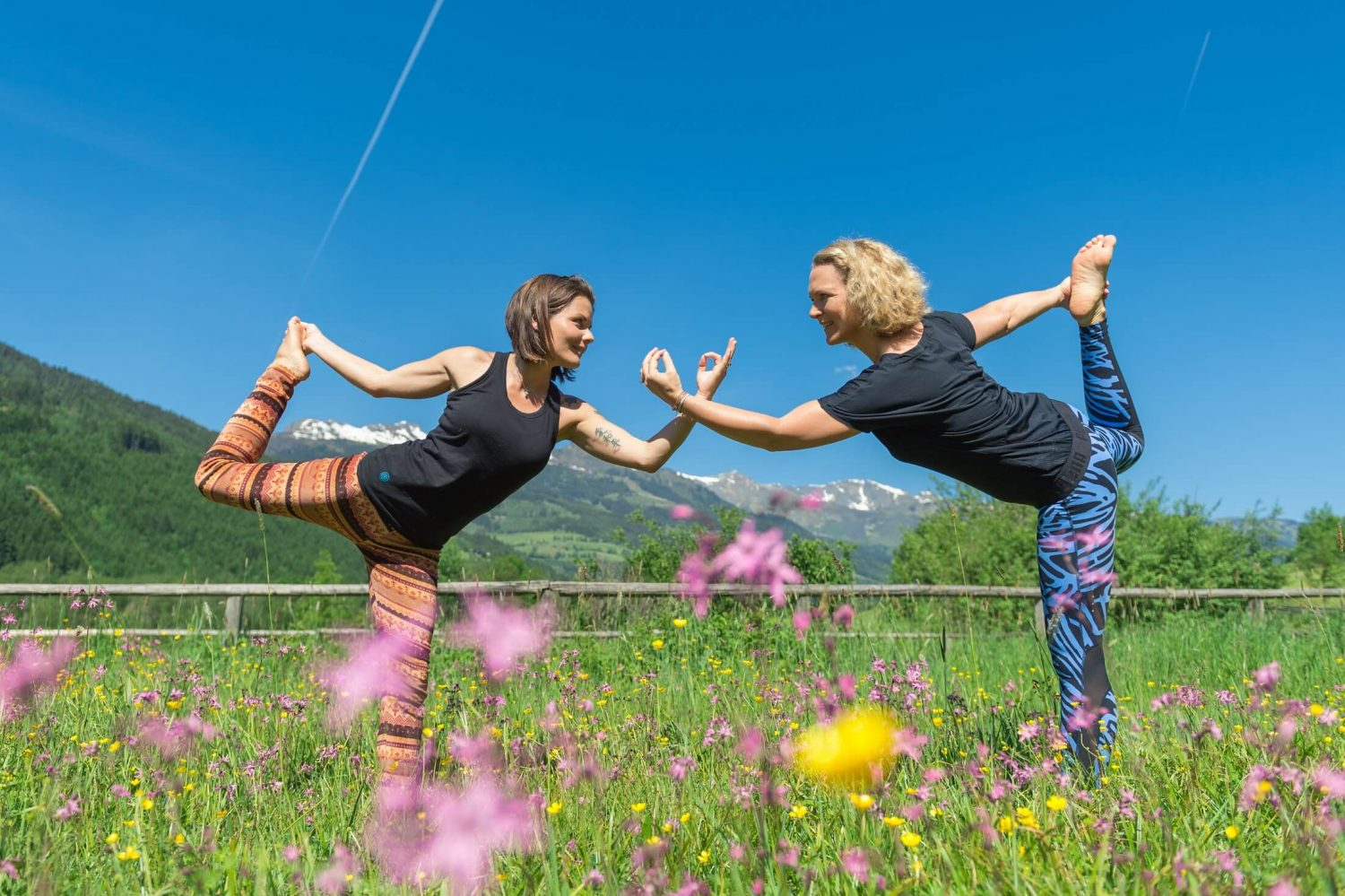 Yoga Damen in Blumenwiese in Gastein