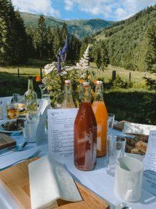 Wald:Brunch Tisch