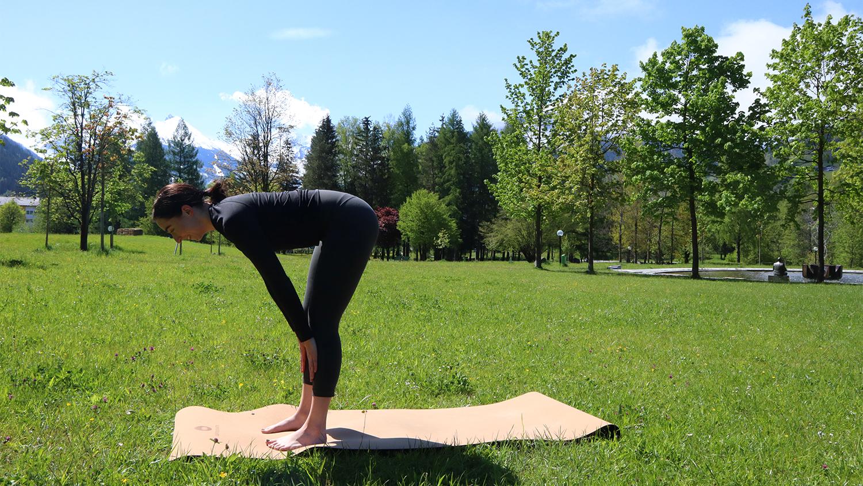 Halbe Vorwärtsbeuge Yogafrühling Gastein