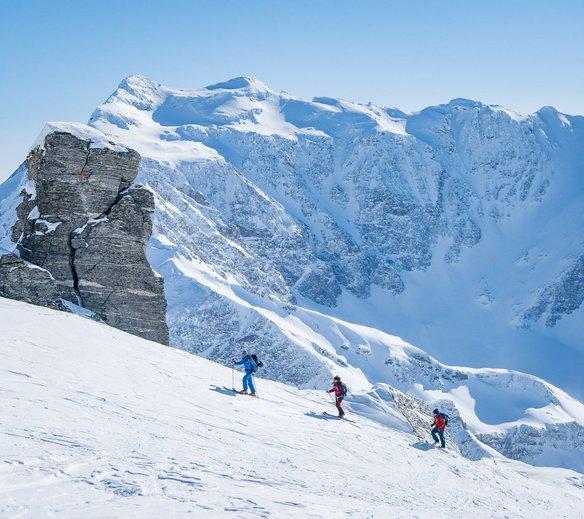 Tourengeher auf dem Gipfel