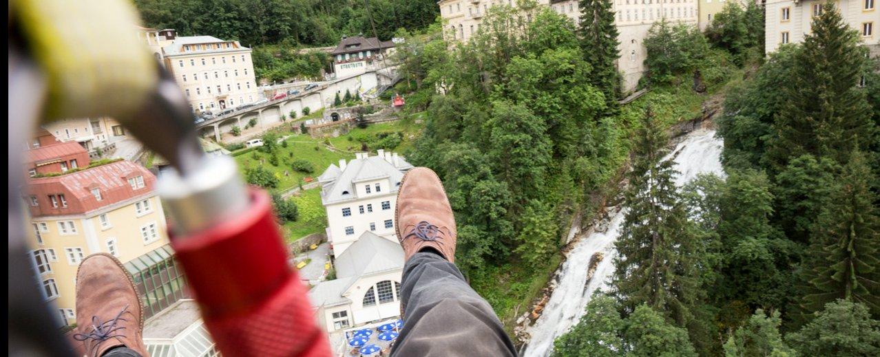 Bild aus der Helmkamera vom Flying Fox über den Wasserfall von  Bad Gastein
