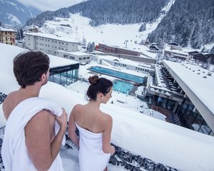 Wellness-in-Gastein-Felsentherme.jpg